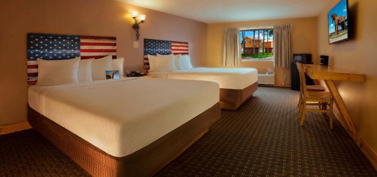 Two Queen Room With Bunk Beds American Resort
